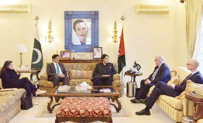کراچی، چیئرمین پاکستان پیپلز پارٹی بلاول زرداری سے نارویجین سفیر ملاقات کررہے ہیں