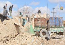 کوئٹہ ،انسداد تجاوزات کا عملہ جوائنٹ روڈ پر غیرقانونی قائم کی گئی عمارتوں کو توڑ رہا ہے