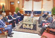 اسلام آباد: ورلڈ بینک کا وفد وزیر اعظم عمران خان سے ملاقات کررہا ہے