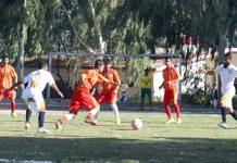خضدار، باب بلوچستان فٹبال کلب اور جھالاوان فٹ بال کلب کے درمیان کھیلے جانے والے میچ کا ایک منظر