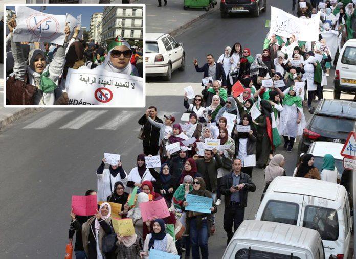 الجزائر: انتخابات مؤخر کرانے پر صدر کے خلاف عوام پھر سڑکوں پر آگئے ہیں