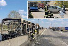 اٹلی: نذرِ آتش کی گئی بس مکمل طور پر تباہ ہوگئی ہے' تحقیقاتی ٹیم جائے وقوع سے شواہد اکٹھے کررہی ہے