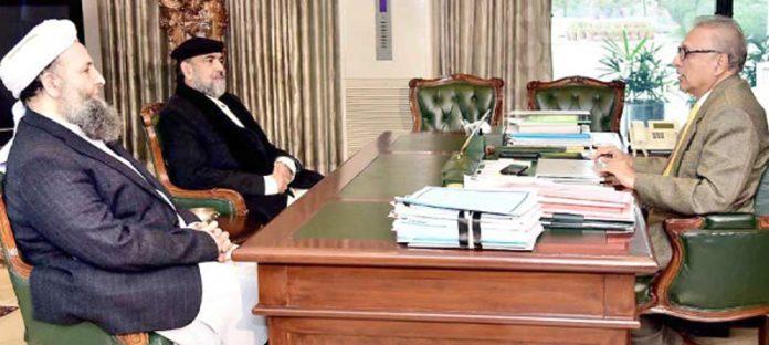 اسلام آباد: صدر عارف علوی سے وزیرمذہبی امور اور چیئرمین اسلامی نظریاتی کونسل ملاقات کررہے ہیں