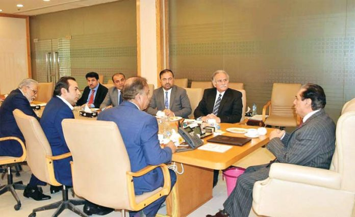 اسلام آباد: چیئرمین نیب جاوید اقبال کی زیر صدارت نیب کارکردگی کا جائزہ اجلاس ہو رہا ہے