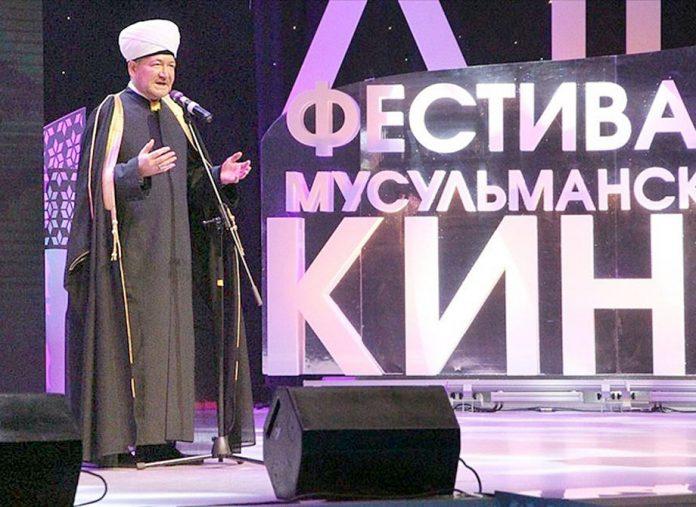 ماسکو: مفتی اعظم روس راویل عین الدین اجلاس سے خطاب کررہے ہیں