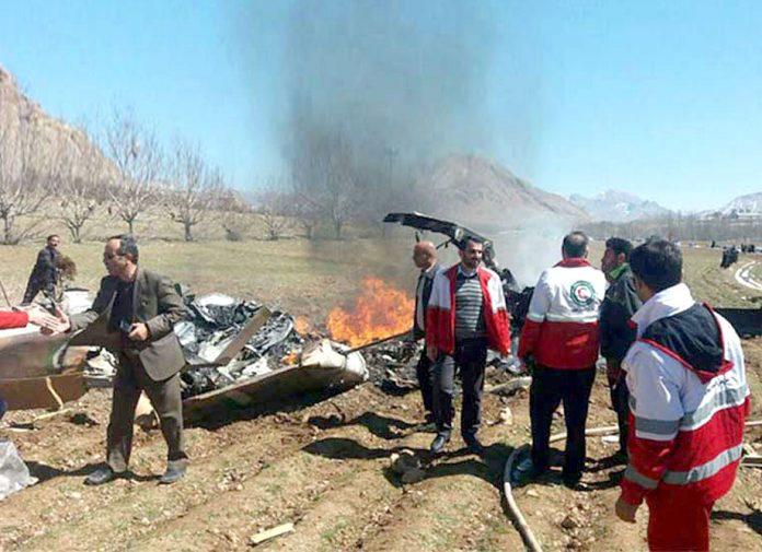 ایران: تباہ ہونے والے ہیلی کاپٹر کے ملبے میں لاشیں تلاش کی جارہی ہیں