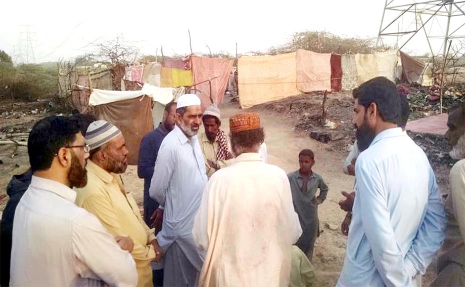 امیر جماعت اسلامی ضلع شمالی محمد یوسف روزی گوٹھ تیسر ٹاؤن کا دورہ کررہے ہیں