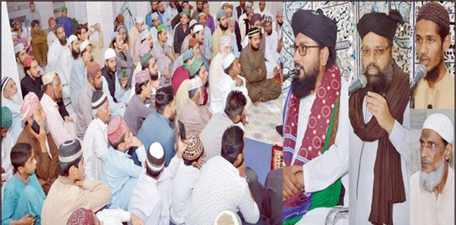 حیدر آباد : نگینہ جامع مسجد میں محفل میلاد مصطفیﷺ سے علامہ محمد نبیل محمد قادری، حافظ محمد رضوان و دیگر خطاب کررہے ہیں
