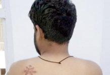 نئی دہلی: تہاڑ جیل میں سپرنٹنڈنٹ کے تشدد کا شکار شبیر عدالت میں اپنے جسم پر ظلم کے نشان دکھا رہا ہے