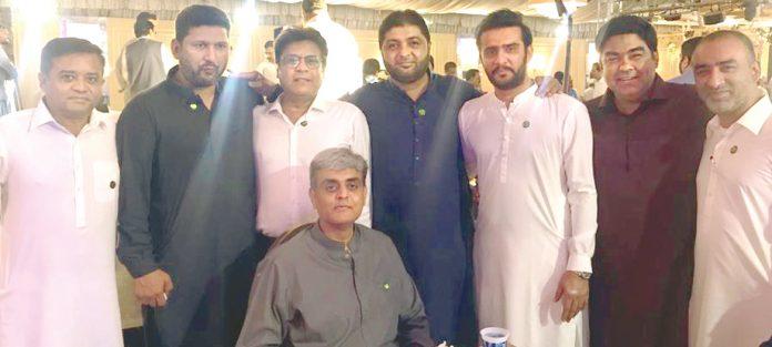 جسارت کی یوم تاسیس کی تقریب میں محسن شیخانی اور آباد کے دیگر رہنما شریک ہیں