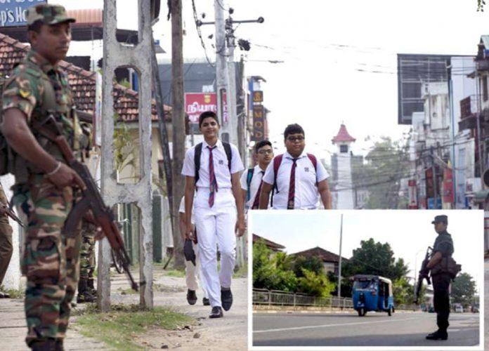 سری لنکا: حملوں اور فسادات کے بعد ملک بھر میں سڑکوں پر فوج تعینات ہے