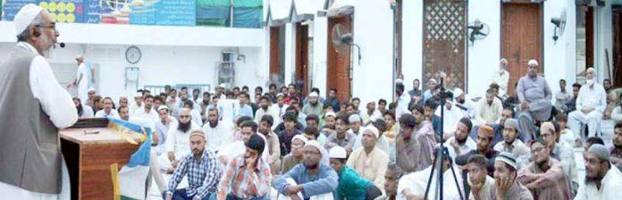 راشد نسیم گلشن معمارضلع شمالی میں تربیت گاہ و دعوت افطار سے خطاب کررہے ہیں