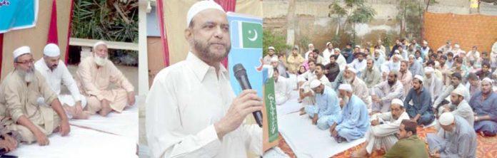 جماعت اسلامی کراچی کے نائب امیر ڈاکٹر اسامہ رضی یوم باب الاسلام کے موقع پر قیوم آباد کورنگی میں افطار پارٹی سے خطاب کر رہے ہیں