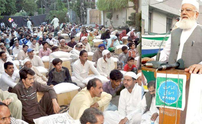 لاہور: نائب امیر جماعت اسلامی پاکستان لیاقت بلوچ حلقہ پی پی 160میںافطار ڈنر سے خطا ب کررہے ہیں