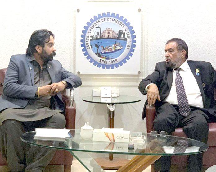 صدر کے سی سی آئی جنید ماکڈا سے آئرن اسٹیل مرچنٹس ایسوسی ایشن کے صدر حماد پونا والا ملاقات کررہے ہیں صدر کے سی سی آئی جنید ماکڈا سے آئرن اسٹیل مرچنٹس ایسوسی ایشن کے صدر حماد پونا والا ملاقات کررہے ہیں