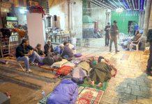 مقبوضہ بیت المقدس: مسجداقصیٰ سے بے دخل کیے گئے نمازی دروازے پر دھرنا دیے ہوئے ہیں