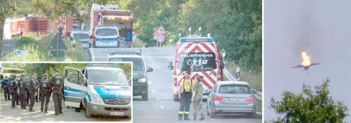 جرمنی: تصادم کے بعد طیارے میں آگ لگی ہوئی ہے' فائر بریگیڈ اور ریسکیو عملہ امدادی کارروائیوں میں مصروف ہے