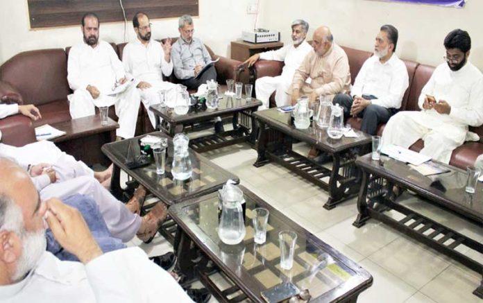 امیر جماعت اسلامی لاہور ذکر اللہ مجاہد16 جون کو ہونے والے عوامی مارچ کی تیاریوں کے سلسلے میں انتظامی کمیٹیوں کے عہدیداران سے خطاب کررہے ہیں