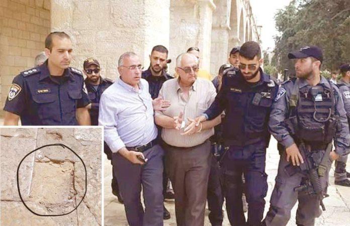 مقبوضہ بیت المقدس: مسجد اقصیٰ کے فرش میں ایک پتھر کی مرمت کرنے پر اسرائیلی فوج حرم کے تعمیراتی شعبے کے سربراہ کو گرفتار کرکے لے جارہی ہے