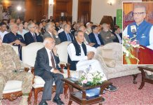 کراچی: صدر مملکت ڈاکٹر عارف علوی سولر کمپنی کے تحت تقریب سے خطاب کررہے ہیں