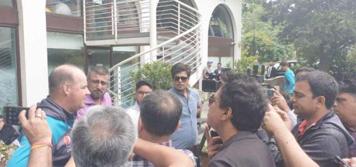 لندن: پاکستان کرکٹ ٹیم کے ہیڈ کوچ بنگلادیش کے خلاف میچ کے حوالے سے میڈیا سے بات چیت کرتے ہوئے