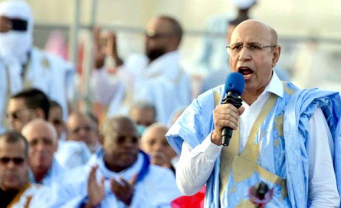نواکشوط: موریطانیہ کے نومنتخب صدر محمد ولد الغزوانی اپنے حامیوں سے خطاب کررہے ہیں (فائل فوٹو)