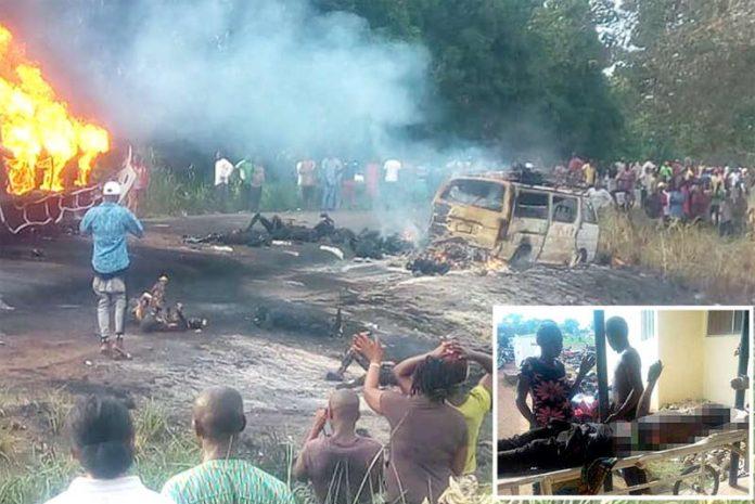 ابوجا: نائیجیریا میں آئل ٹینکر میں آتش زدگی کے بعد شعلے بلند ہو رہے ہیں' تباہ ہونے والی گاڑیاں اور جھلسے ہوئے افراد کی لاشیں جائے وقوع پر پڑی ہیں