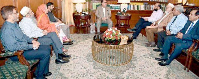پی سی ڈی ایم اے کے چیئرمین شاہد وسیم کی سربراہی میںوفد گورنرسندھ عمران اسماعیل سے ملاقات کررہاہے