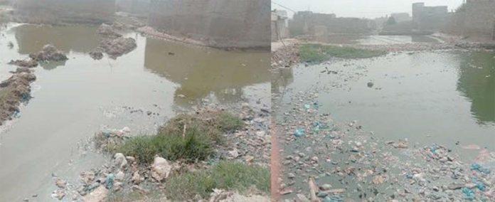 ٹنڈوالٰہیار ،میونسپل کمیٹی کی نااہلی کے باعث شہر میں جگہ جگہ گندگی کے ڈھیر لگے ہوئے ہیں