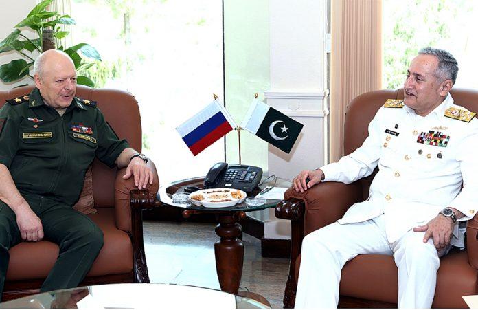 اسلام آباد:ا میر البحر ظفر محمود عباسی سے روس کے آرمی چیف جنرل اولیگ سلیوخوف ملاقات کررہے ہیں