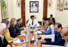 کراچی،وزیر اعلیٰ سندھ مراد علی شاہ سے عالمی بینک کا وفد ملاقات کررہا ہے