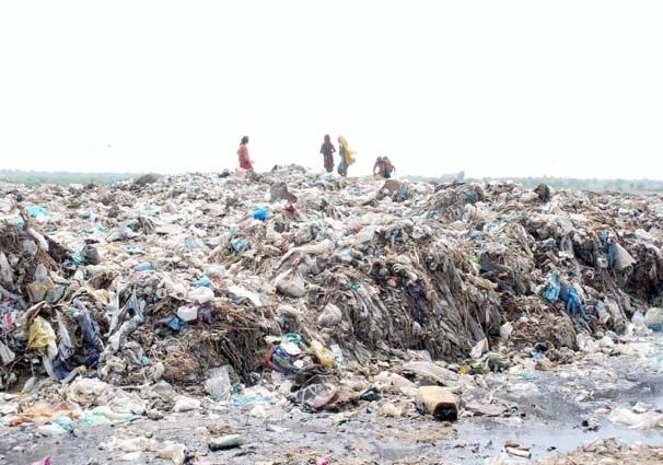 حیدرآباد ،کچرے کے ڈھیر سے مقامی انتظامیہ کی کارکردگی کا اندازہ لگایا جاسکتاہے