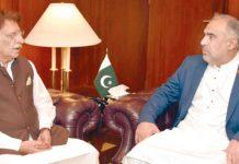 اسلام آباد: اسپیکر قومی اسمبلی سے وزیراعظم آزاد کشمیر راجا فاروق حیدر ملاقات کررہے ہیں