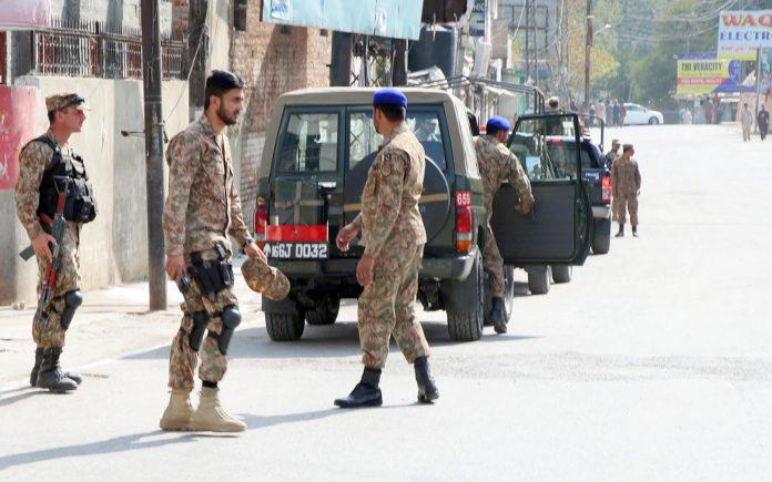 ایبٹ آباد: پاک فوج کے جوان محرم کے جلوس کی حفاظت کیلیے الرٹ ہیں