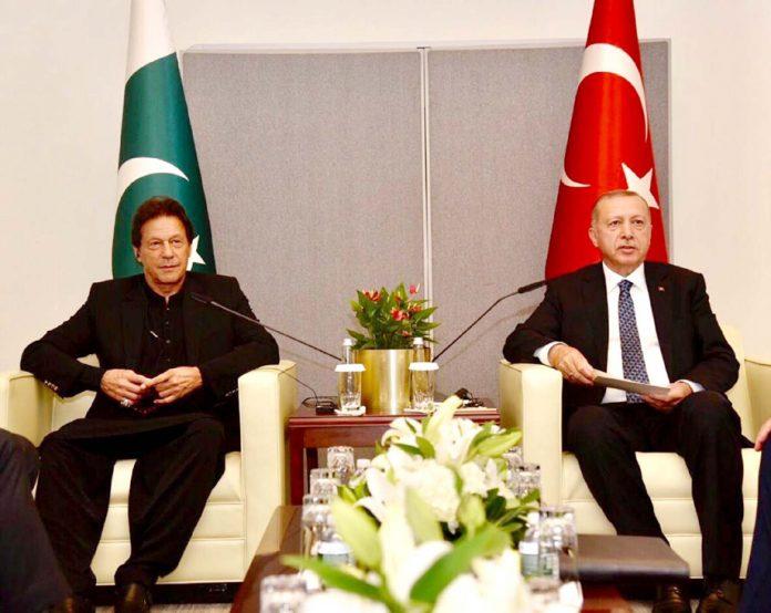 نیو یارک:وزیراعظم عمران خان ترک صدر رجب طیب اردوان سے ملاقات کررہے ہیں