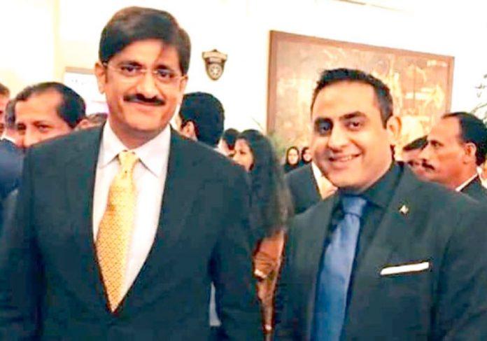 معروف بزنس مین باسط منڈیا ایک تقریب میں وزیراعلیٰ سندھ سید مراد علی شاہ کے ہمراہ
