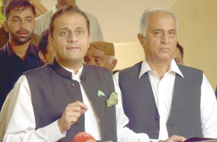 کراچی: ترجمان سندھ حکومت ومشیر ماحولیات مرتضیٰ وہاب پریس کانفرنس کررہے ہیں