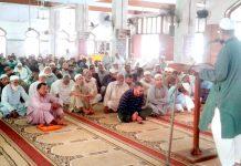 کراچی: نائب امیر جماعت اسلامی پاکستان ڈاکٹر معراج الہدیٰ صدیقی ضلع وسطی گلبرگ میں اجتماع ارکان سے خطاب کررہے ہیں