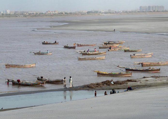حیدر آباد : دریائے سندھ میں بارش کے بعد پانی کی سطح میں اضافہ ہوگیا