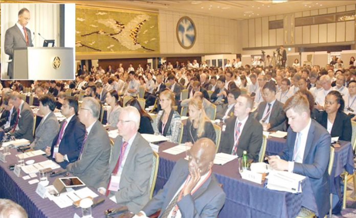 ٹوکیو: وفاقی وزیر توانائی عمر ایوب خان دوسری عالمی ہائیڈروجن انرجی وزارتی کانفرنس سے خطاب کررہے ہیں