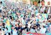 ایبٹ آباد: امیر جماعت اسلامی پاکستان سینیٹر سراج الحق آزادی کشمیر مارچ سے خطاب کررہے ہیں