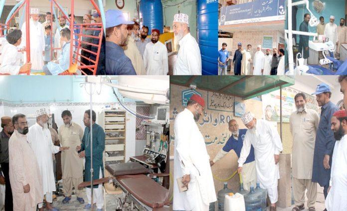 حیدرآباد:امیر جماعت اسلامی سندھ محمد حسین محنتی سول اسپتال ، الخدمت کے واٹرفلٹریشن سمیت دیگر منصوبوںکا دورہ کررہے ہیں،حافظ طاہر مجید، مجاہد چنا ودیگر بھی موجود ہیں