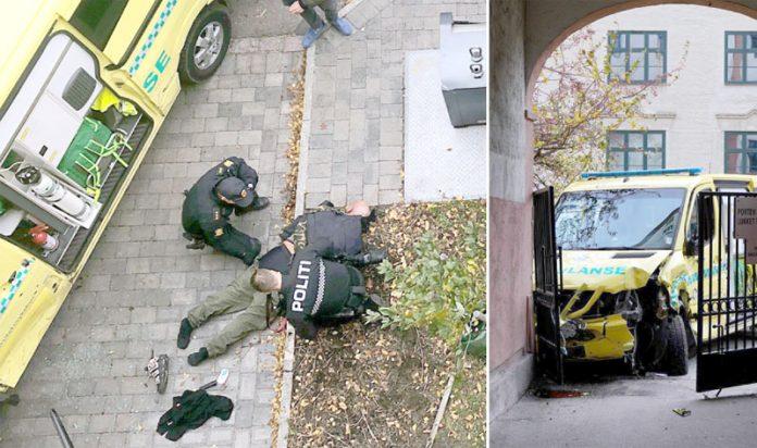 ناروے: پولیس حملہ آور کو گرفتار کررہی ہے' کارروائی میں استعمال کی گئی ایمبولنس گاڑی دیوار میں پیوست ہے