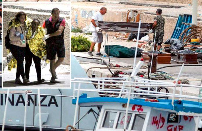اٹلی: بحیرۂ روم میں حادثے کا شکار ہونے والوں کی لاشیں اور بچائے گئے تارکین وطن کو اطالوی بندرگاہ پر اتارا جارہا ہے
