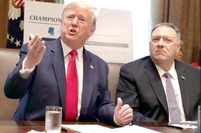 واشنگٹن: امریکی صدر ڈونلڈ ٹرمپ کابینہ کے اجلاس میں ایران سے متعلق اظہارِ خیال کررہے ہیں